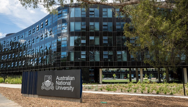 What are the top universities in Australia in 2020?