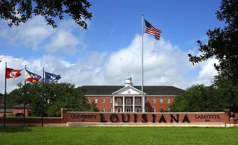 Top university in US for GRE score 300 - 310, University of Louisiana accepts GRE score 300 to 310